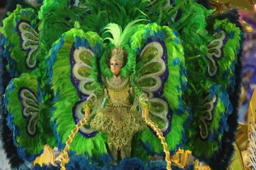 rio-carnival-samba-parade-sambadrome-float-at-the-parade-luxurious-costume-academicos-rocinha